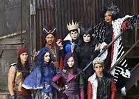 Disney Descendants Movie Cast 2015
