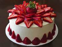 25 Strawberry Cake Ideas