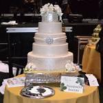 Elegant Wedding Cakes With Rhinestones