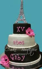 Paris De 15 Anos Cakes