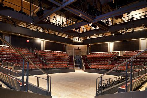 Arena Giletti image 6