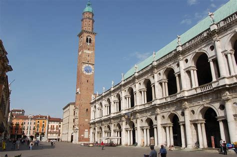 Tutto All'asta Villafranca di Verona image 14