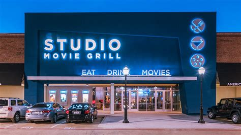 $100 Studio Movie Grill Gift Card