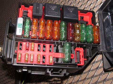 00 Ford Mustang Fuse Box