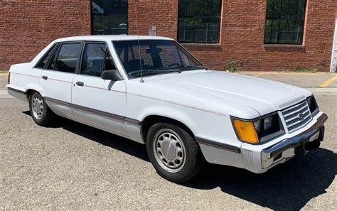 1985 Owners Manual Ford Ltd