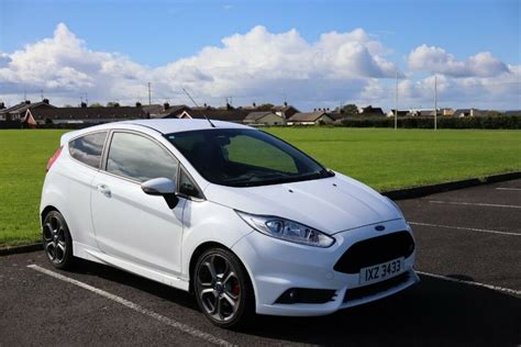 2015 Ford Fiesta St Owner Manual