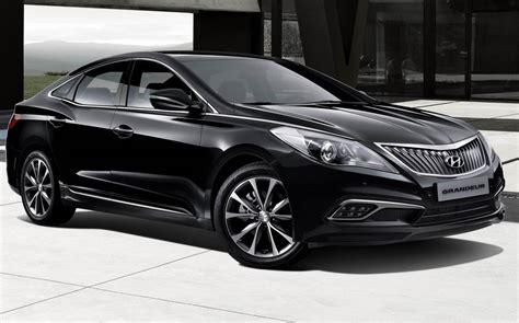 2016 Hyundai Azera Manual