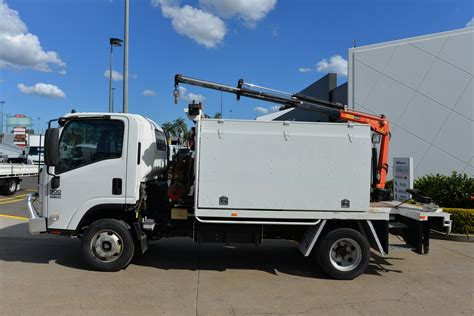 2016 Isuzu Npr300 Service Manual