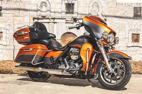 2016 Ultra Classic Electra Glide Owners Manual
