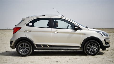 2018 Ford Freestyle Service Manual
