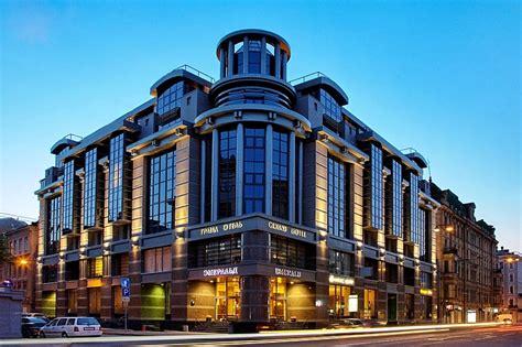 Emerald Hotel Russia