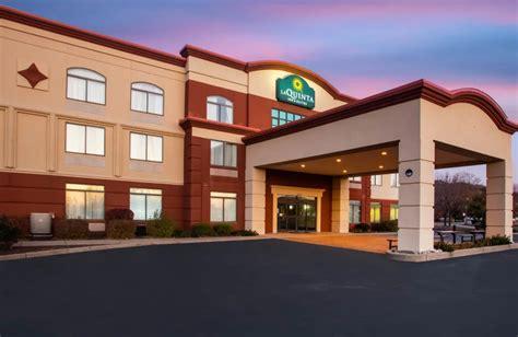 La Quinta Inn Suites St Louis Airport Riverport United States