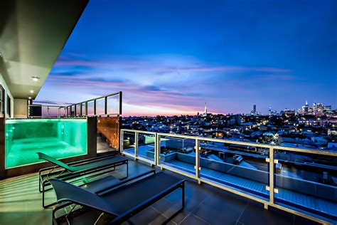 Luxury Design Penthouse With Views Of Melbourne Australia