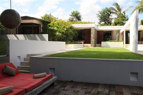 Niloufar Villa Indonesia