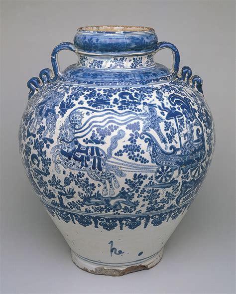 Alavera Poblana Four Nturies Of A Mexican Ceramic Tradition