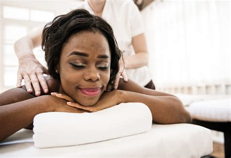 Body Massage for Holistic Therapists
