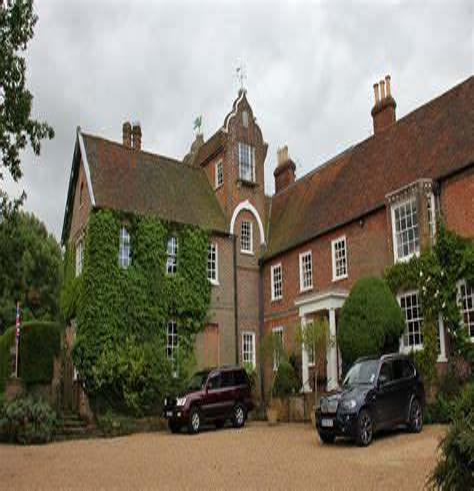 British + Irish Modern: New Houses and Old Houses Made New