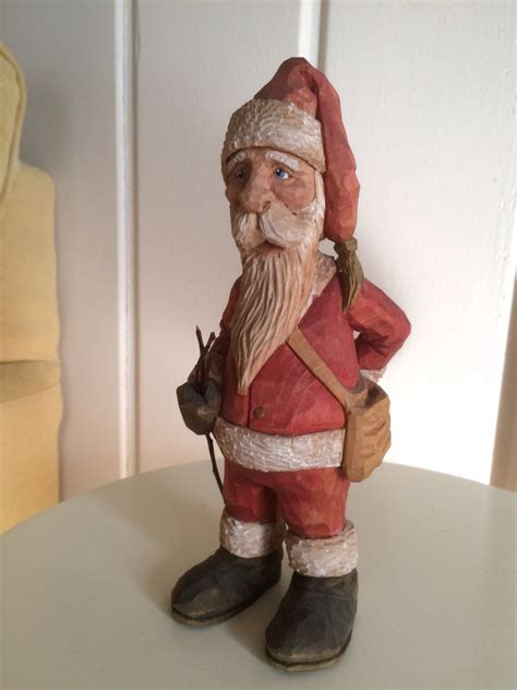 CARVING SANTAS FOR TODAY: With Tom Wolfe