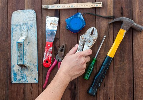 Choosing and Using Hand Tools