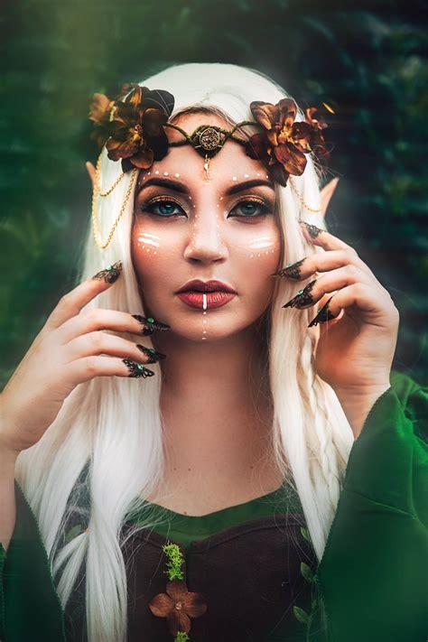 Disfraces y Maquillaje de Fantasia/Fantasy Disguises and Makeup