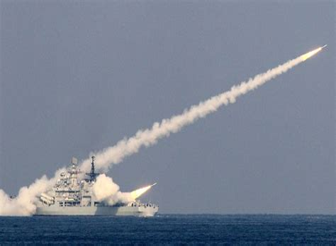 Gruas Satelites Y Armas