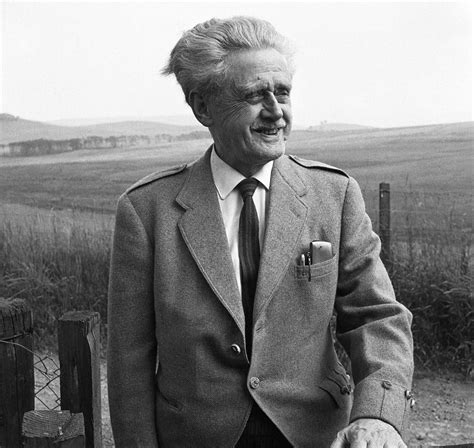 Hugh MacDiarmid and the Russians
