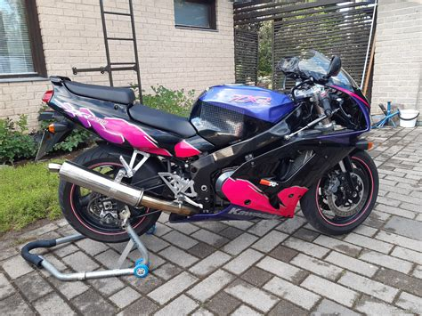 Kawasaki Zxr 750 L1 Manual