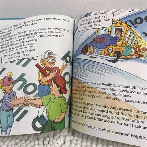 LA Autobus Magico Juega a LA Pelota/Magic School Bus Plays Ball: UN Libro Sobre Fuerzas (El Autobus Magico)