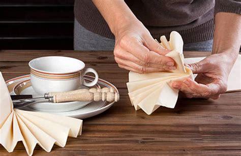 Lart De Plier Les Serviettes Pour Une Table Raffinee