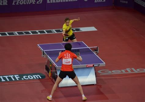 Le tennis de table du ping pong a la competition
