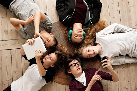 Les Adolescents