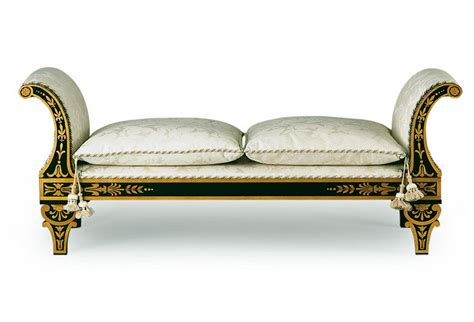 Luxurious Bed Benches For Creating Extra Place In Your Bedroom