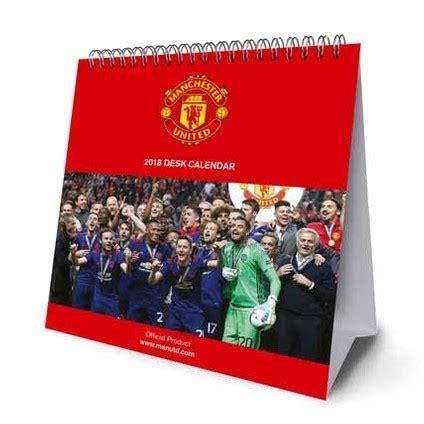 Manchester United F.C. Official Desk Easel 2018 Calendar - Month To View Desk Format (Desk Easel Calendar 2018)