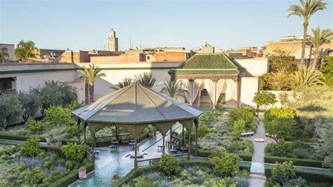 Marrakech: Dans Le Secret De Ses Maisons-Jardins