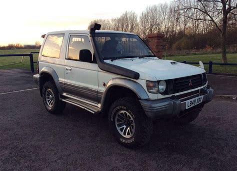 Mitsubishi Pajero Owners Manual 2800