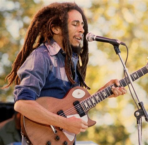 Play Guitar With Bob Marley