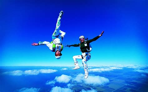 Skydiving Extreme Sports