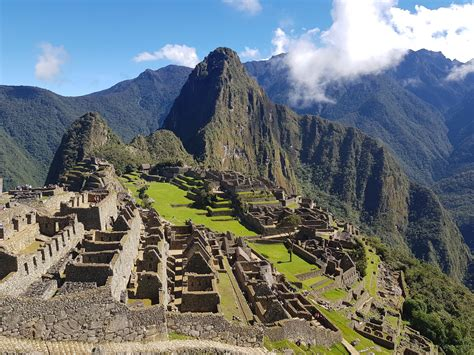 The Inca Ruins of Machu Picchu (Wonders of the World (Kidhaven))