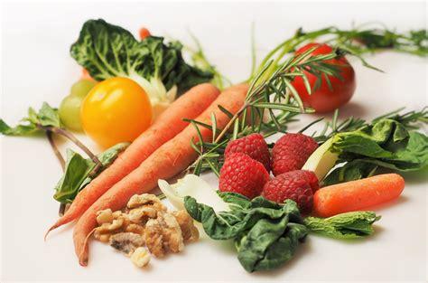 Vitamines et carences alimentaires. Collection Sciences d'Aujourd'hui.