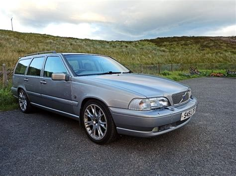 Volvo V70 T5 2000 Owners Manual Book